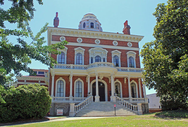 georgia roadtrip: macon, the heart of georgia