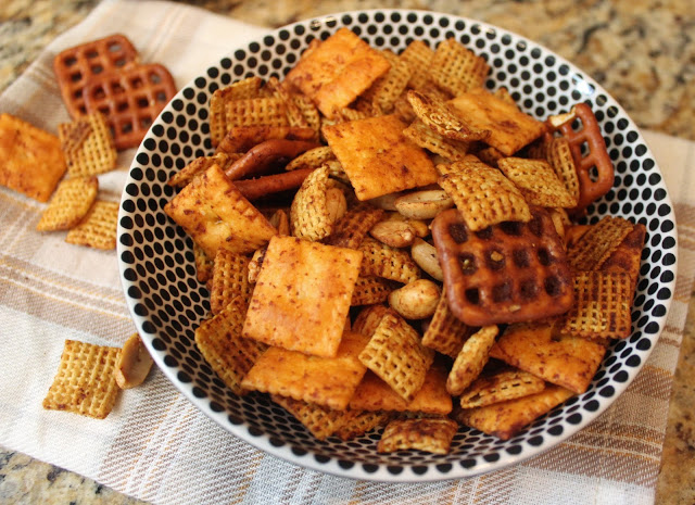 stephen's spicy snack mix