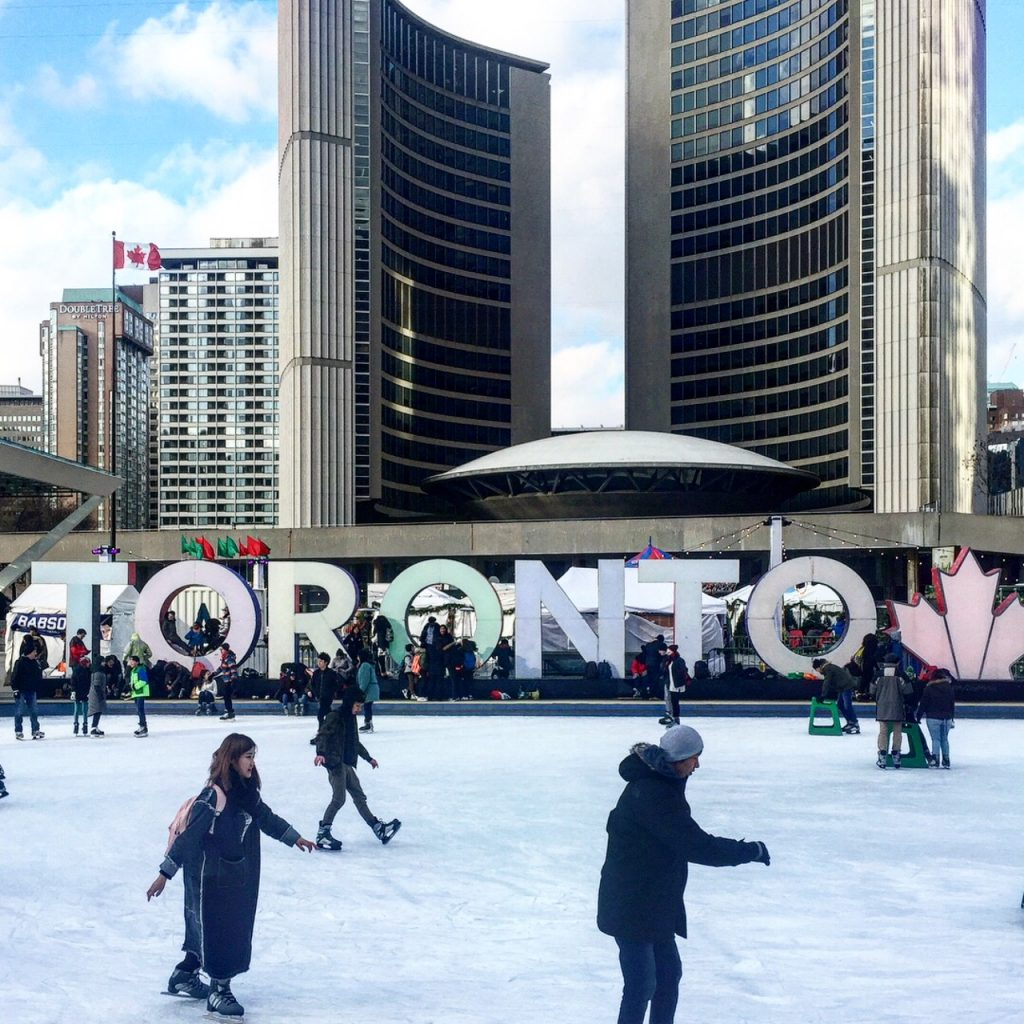 5 wintery things to do in toronto